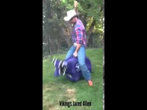 PBR Air Bull Riding: Jared Allen, Minnesota Vikings player