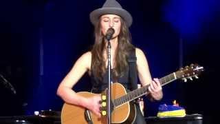 Sara Bareilles Basket Case Live 12/07/13