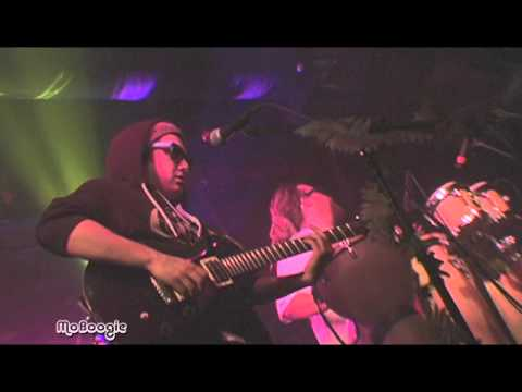 """FORTUNATE YOUTH """"Trippin"""" - live @ Cervantes"""