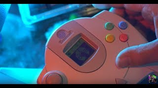Play a Sega Dreamcast Game using the VMU - Silent Scope Review for Sega Dreamcast