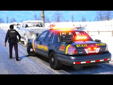 Patrolling North Yankton as a State Trooper!! (GTA 5 Mods - LSPDFR Gameplay) thumbnail