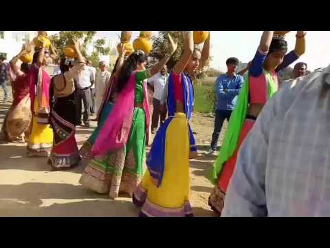 gujarati garba full song vargodo dance...