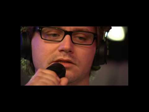 Guus Meeuwis - Dat Komt Door Jou (Official Video)
