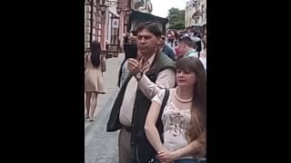 Відмічаємо Всесвітній день вуличної музики в Чернівцях на вул.Кобилянської,біля Панської гуральні.(, 2016-05-21T13:56:31.000Z)