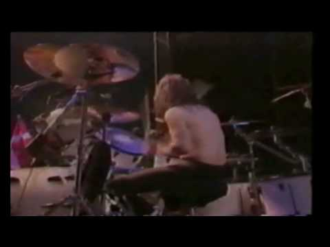 Metallica Symptom of the Universe Live 1991 at Moscow Russia