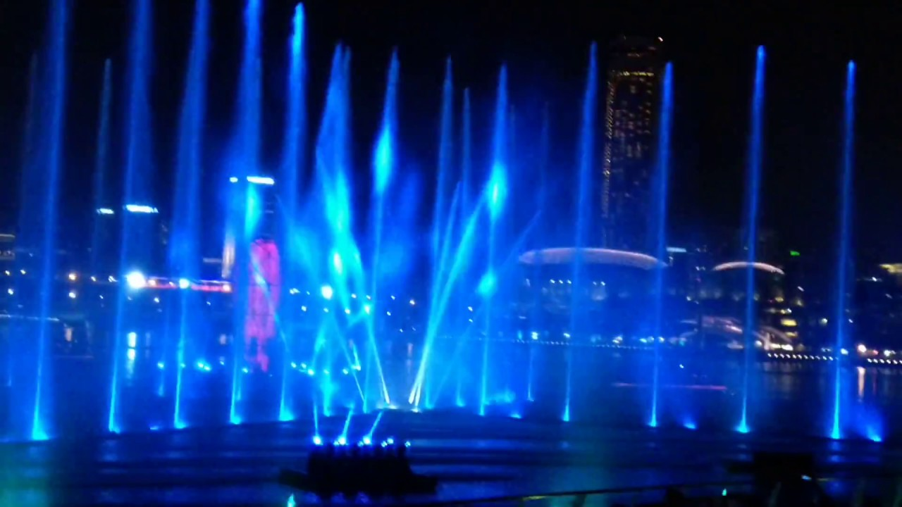 Light and Water Show – Marina Bay Sands Singapore 2019