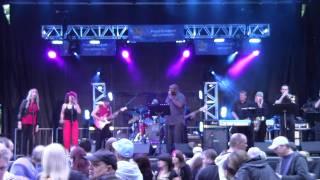 06 Uptown Express Brampton 2011 -Domino