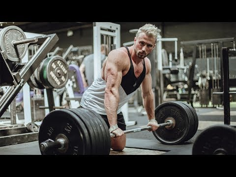 SUMMER SHREDDING: DEADLIFTS, ROOF DOWN CRUISING AND COCO POPS FT ALEX DAVIES WBFF PRO
