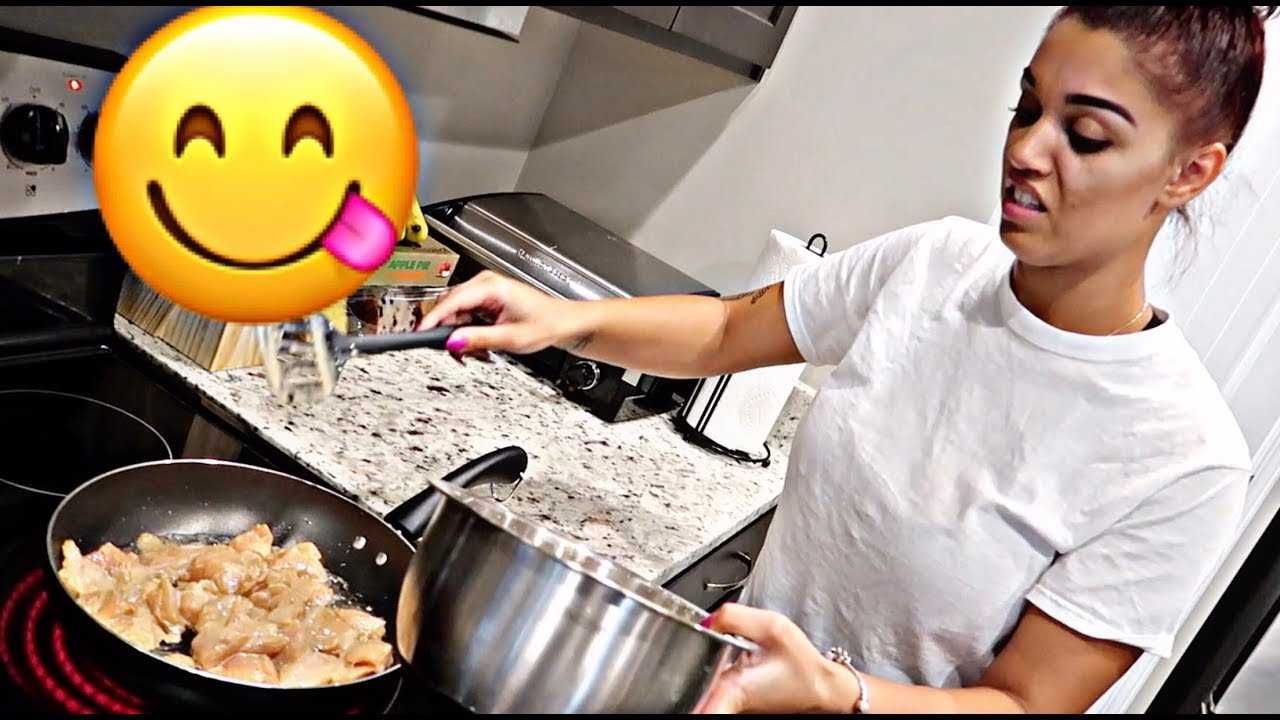 HOW TO MAKE ORANGE CHICKEN   COOKING WITH THE PRINCE FAMILY (PART 25)