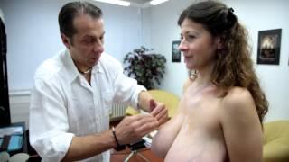 Repeat youtube video Leona – zmenšení velikých prsů o více než polovinu