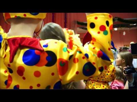 Шуточное появление деда Мороза на новогоднем утреннике в детском саду - Лучшие приколы. Самое прикольное смешное видео!