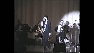 Avraham Fried Concert 31 years ago! Rocks the house!