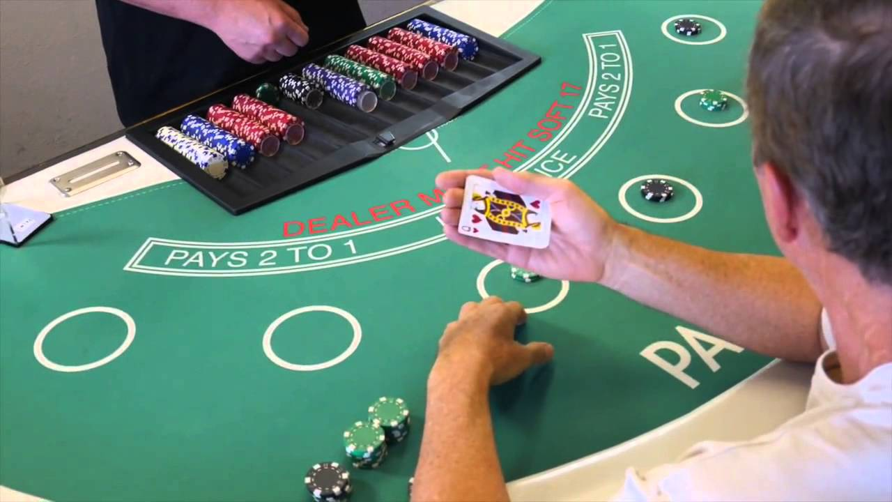 Poker mucked cards what is roulette game
