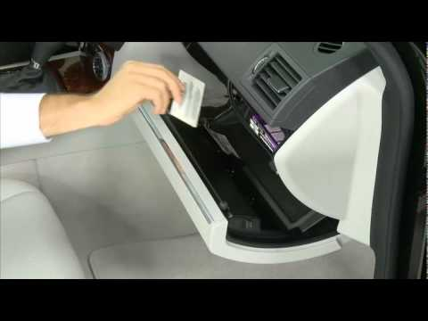 Storage and accessory power mercedes benz usa c class for Mercedes benz usa accessories