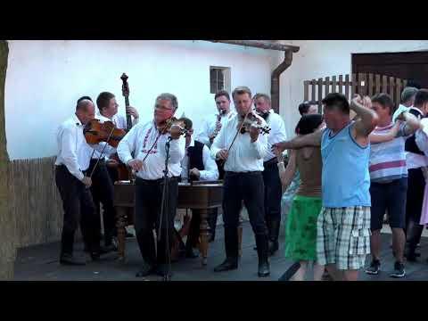 Folklorní soubor Včelaran / sobota 27. 6. v 18:30 / iFolklorní Strážnice 2020