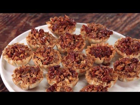 Crunchy Pecan Pie Bites   Southern Living