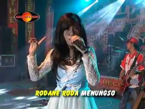 Happy Asmara - Kelayung-layung (Official Music Video) - The Rosta - Aini Record