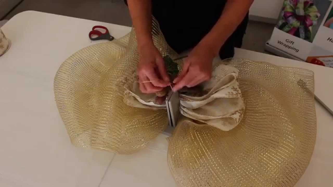 How To Make A Large Gold Bow In Minutes Youtube