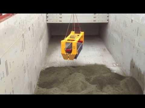 Neologistics rotainer loading breakbulk cargo Full (HD)
