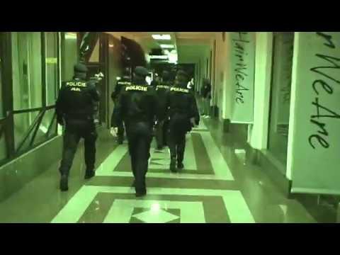 RAZIE CIZINECKÉ POLICIE V NOČNÍCH KLUBECH V CENTRU PRAHY
