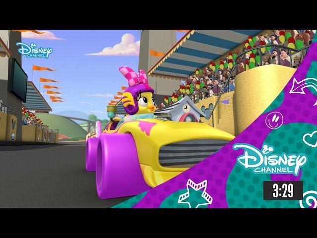 Mickey és az autóversenyzők: Jön Kiki Kakukk és a tollas tornádó!