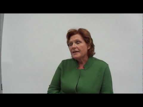 2012 Candidate Close-Up: Heidi Heitkamp (D)