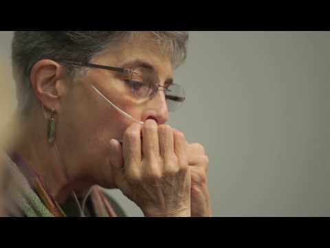 Hospital Harmonica Group Helps Lung Condition Patients Thrive