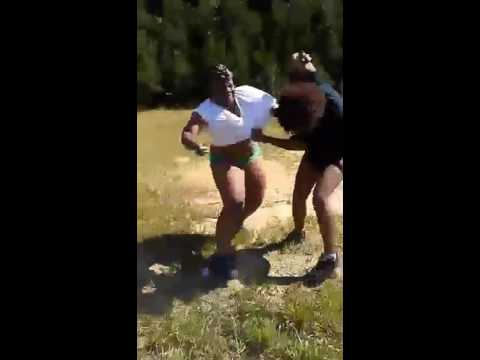Cat fight 2016 wshh Covington, ga.