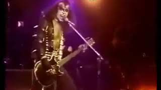 Kiss alive cobo hall nothin to lose.flv