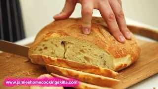 How to slice a l๐af of bread - Jamie Oliver's Home Cooking Skills