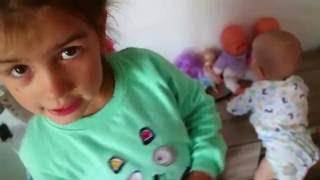 ✪#1VLOG Польша Дашенька учит ходить Братика Детский садик Рисунки Прыжки на скакалке