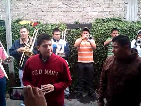 Banda fresnitos amor de cuatro paredes youtube for Amor entre 4 paredes