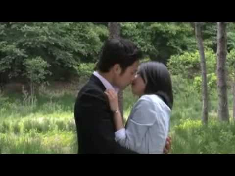 Moon Geun young and Chun Jung Myung BTS KISS