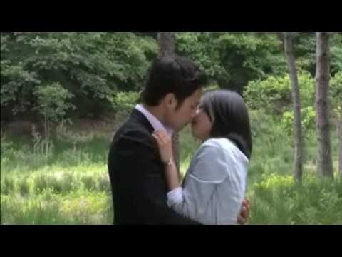 Moon Geun young and Chun Jung Myung BTS KISS