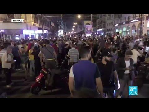Au Liban, des milliers de manifestants contre une hausse des taxes