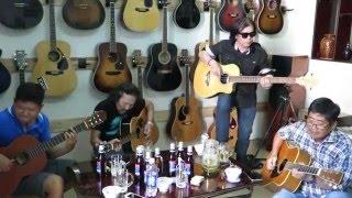 Mừng sinh nhật Guitarist Phú Tàu tại Nhạc cụ VŨ UYÊN P1