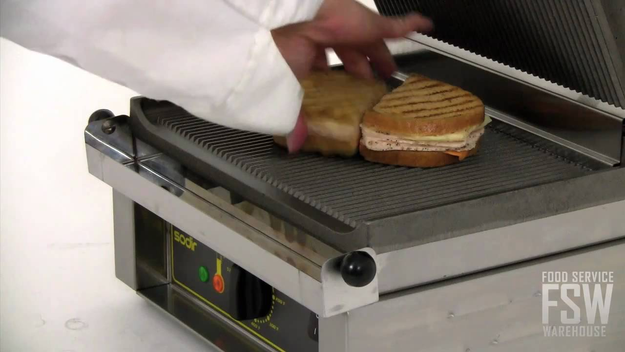 equipex panini grill video panini youtube. Black Bedroom Furniture Sets. Home Design Ideas