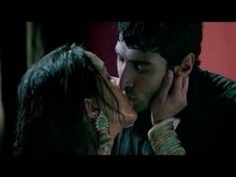 Bold Shraddha Kapoor Talks About Her AFFAIR With Aditya Roy Kapoor On Freaky Fridays