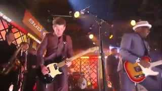 the Specials Gangsters (Live) (18/06/2010)