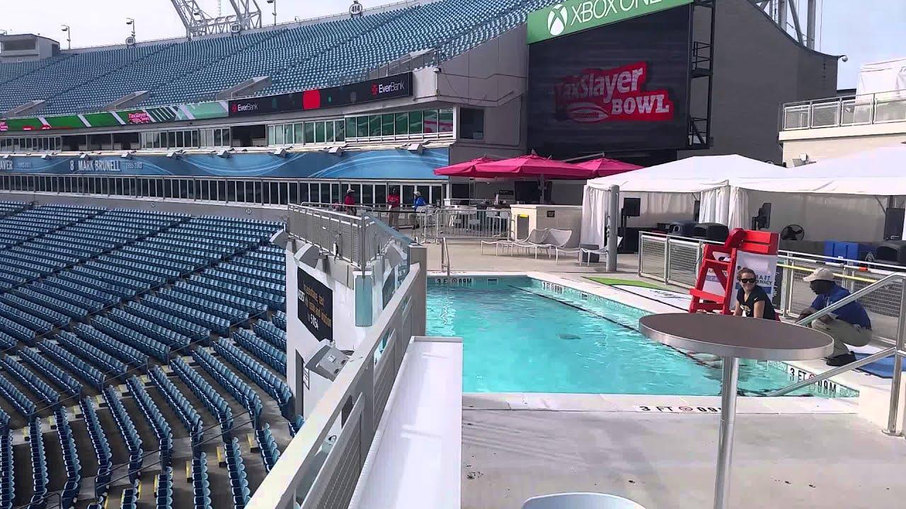 jaguar swimming pool - photo #11
