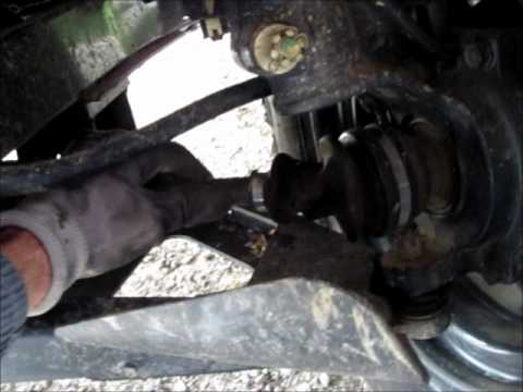 KUBOTA RTV 900 - BROKEN FRONT LEFT DRIVE SHAFT