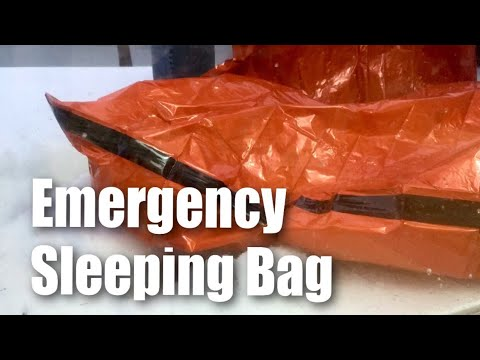Emergency Survival Mylar Sleeping Bag Winter Test