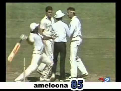 [Cricket Fights] Javed Miandad Power