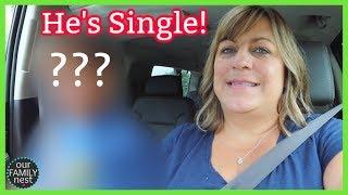 they-broke-up-he-s-single-again-girls