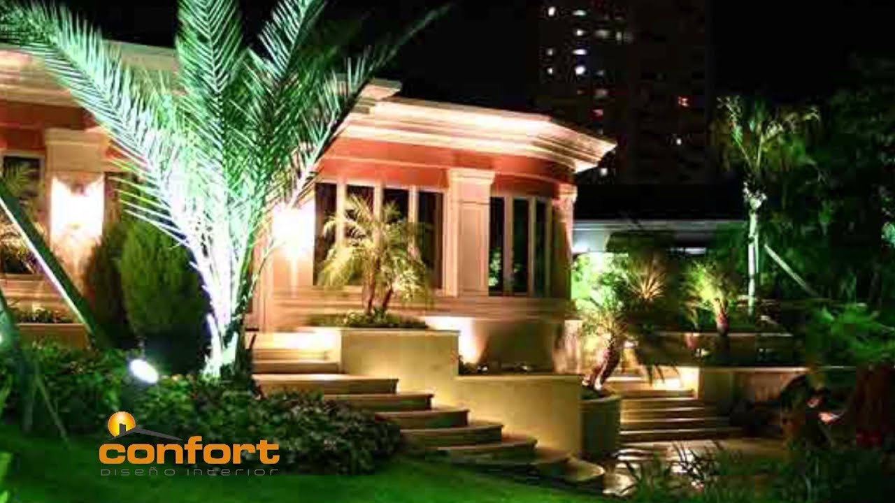 Mega exteriores iluminaci n rboles y plantas youtube for Decoracion patios exteriores