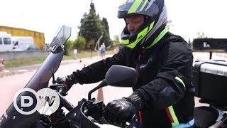 İstanbul trafiğindeki motosikletler - DW Türkçe