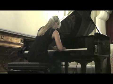 Musica in Castello – Ottavia Maria Maceratini – Sonata No. 18 Op. 31 Beethoven (1/3)