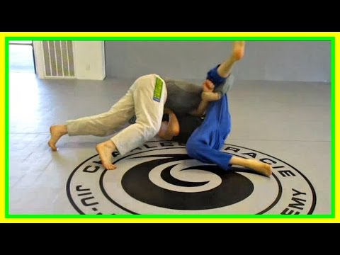 Ball and Chain Pass - Half Guard Knee Shield pass