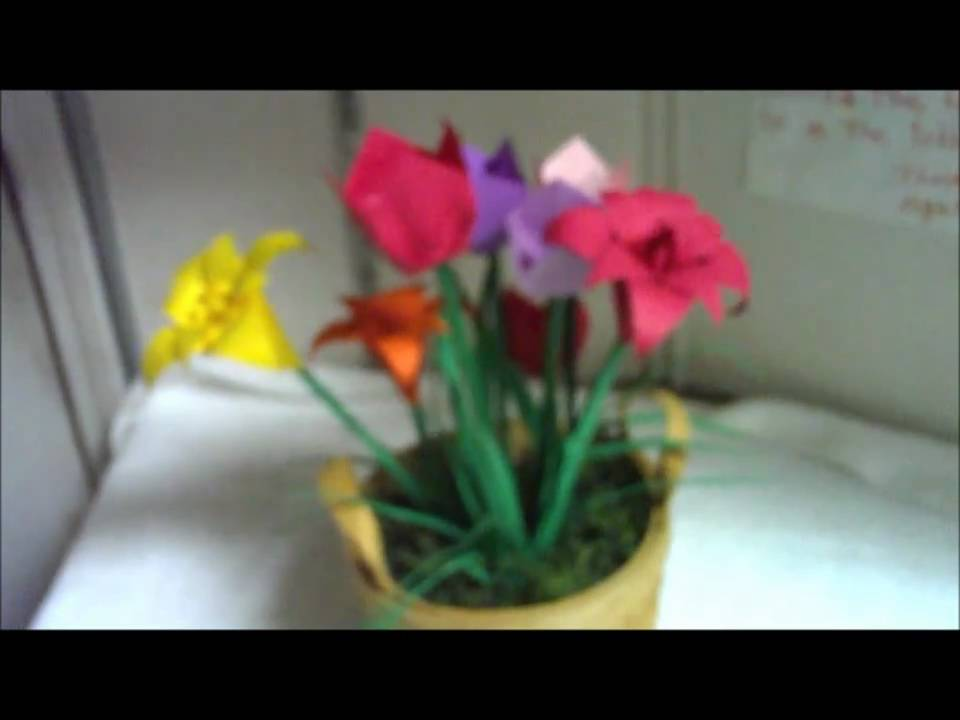 Origami flower arrangement youtube origami flower arrangement mightylinksfo