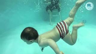 Грудничковое плавание в ТоТо (Илья, 1 год 3 месяца)